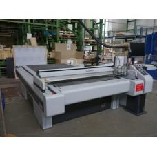 Высокопроизводительный режущий плоттер Zund G3 M-2500