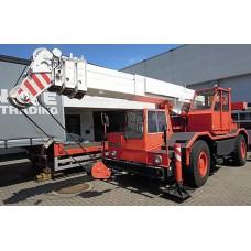 LIEBHERR LTM 1025 Mobile Crane